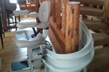 Bruno_Curved_Stair_Lift-2